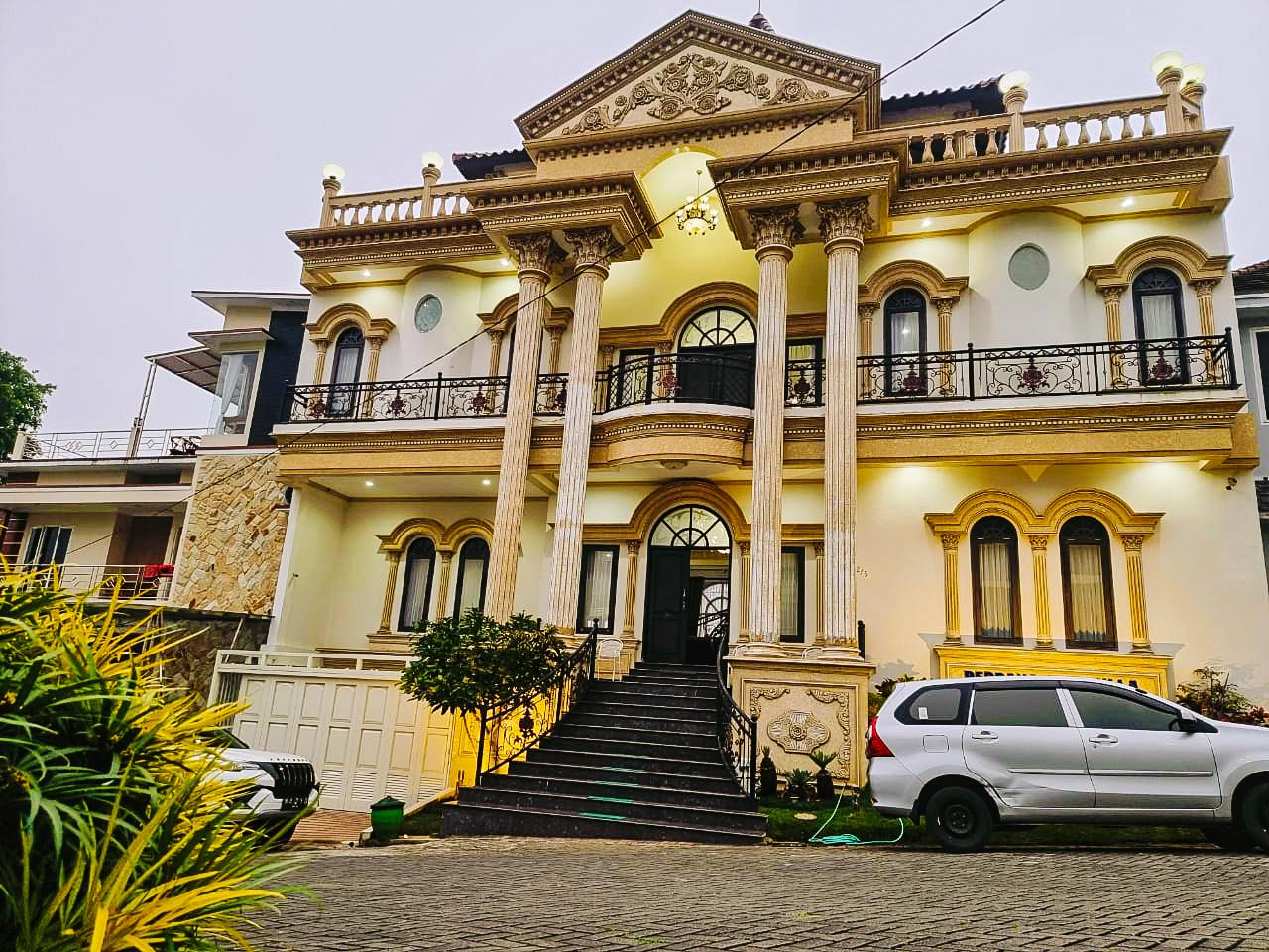 Villa Perdana batu